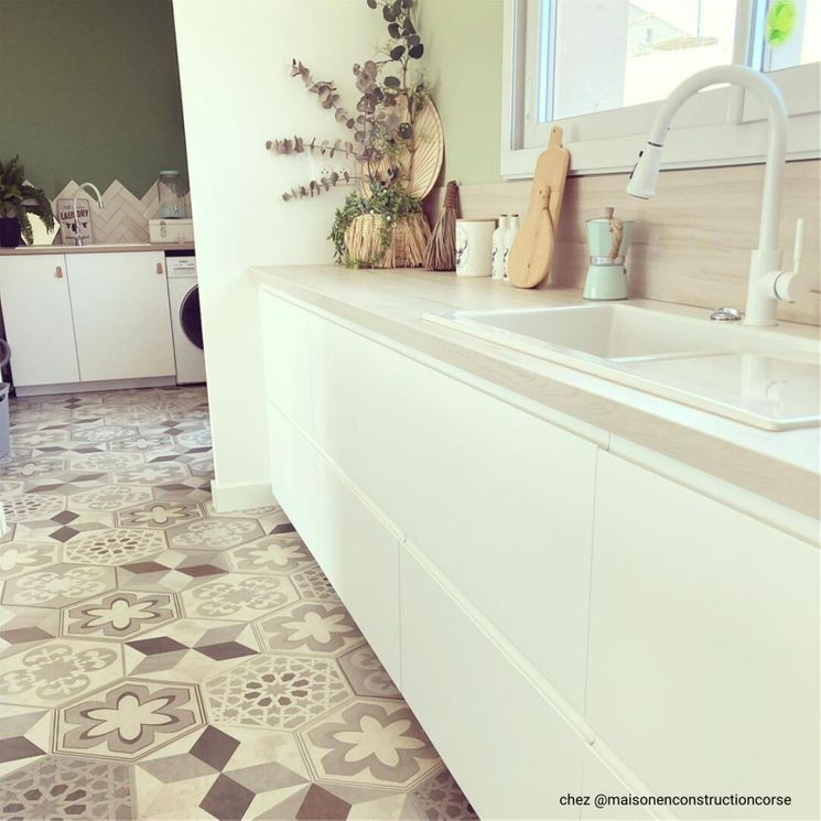 Evier céramique blanc Villeroy & Boch SUBWAY PURE 1 bac  1/2- égouttoir droite